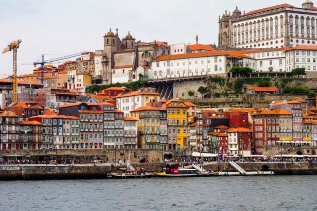 Porto Ribeira district