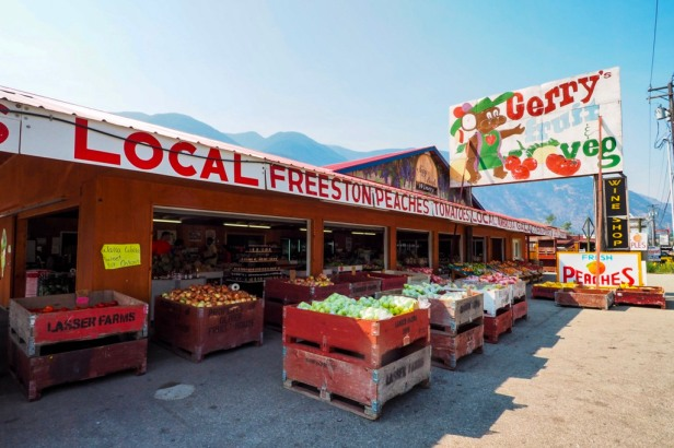 Keremeos fruit stands