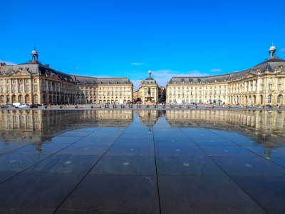 Bordeaux, Water Mirror