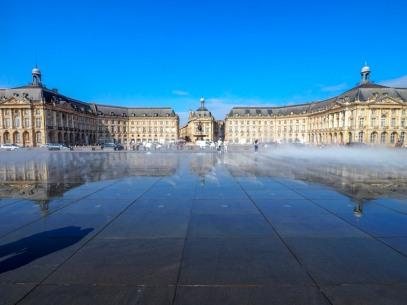 Bordeaux, Water Mirror