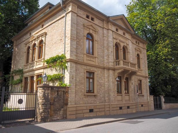 J. Neus Winery, Ingelheim