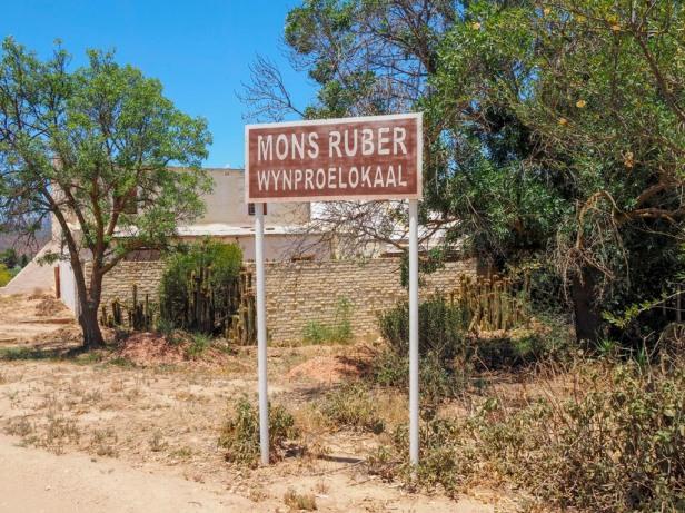 Mons Ruber, Klein Karoo wine route