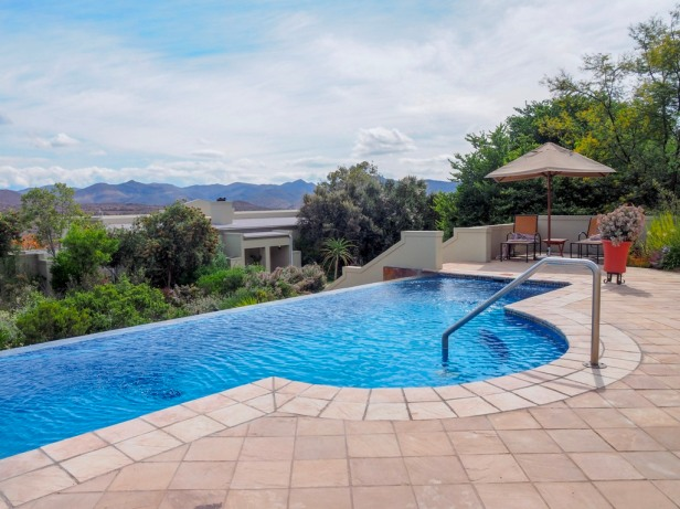 Sanbona Wildlife Resort