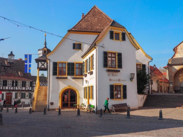 Deidesheim , old town hall