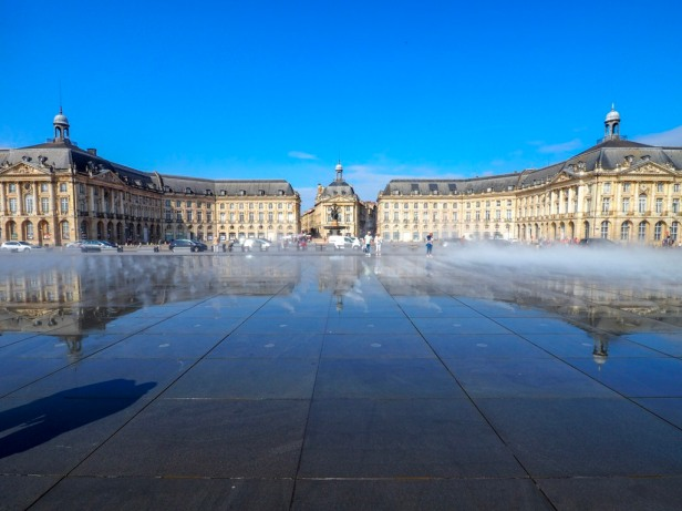 Water Mirror, Bordeaux