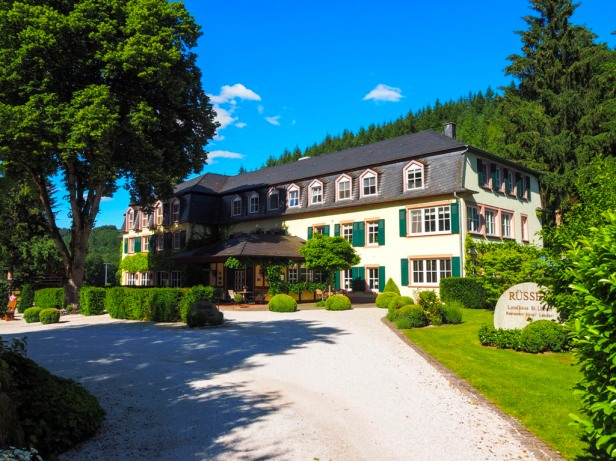 Where to stay in the German Mosel region; Landhaus Rüssel in the forests of Saar-Hunsrück