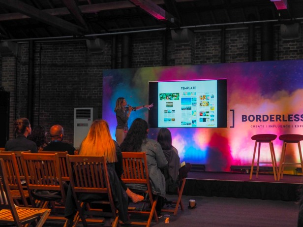 How to grow your blog business attending conferences