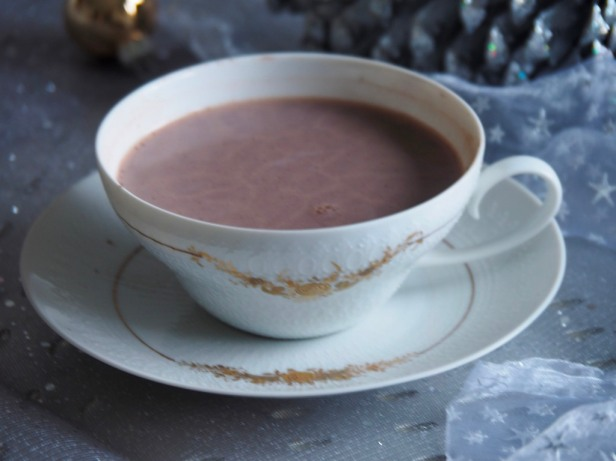 5 easy hot chocolate recipes for a cold winter day