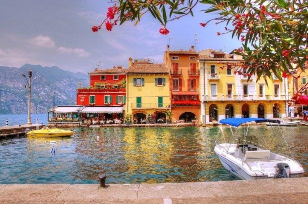 Lake Garda - pixaby