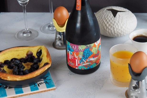 A non-alcohol bubbly for breakfast | Schloss Vaux Träublein