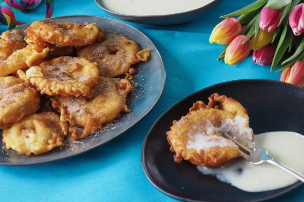 Celebrating German Fasching with these delicious apple fritters