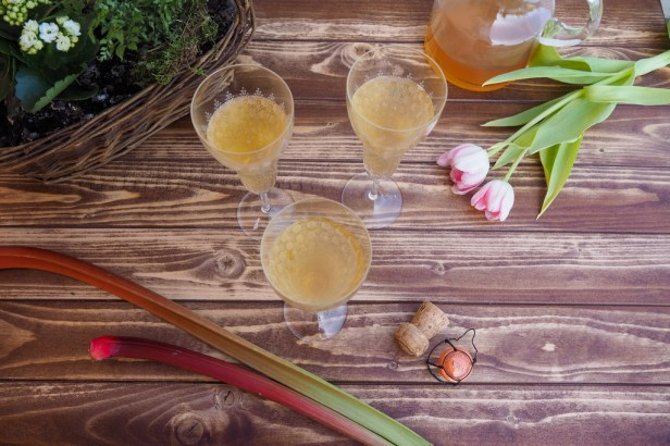 Spruce up your bubbles with a homemade rhubarb-apple syrup