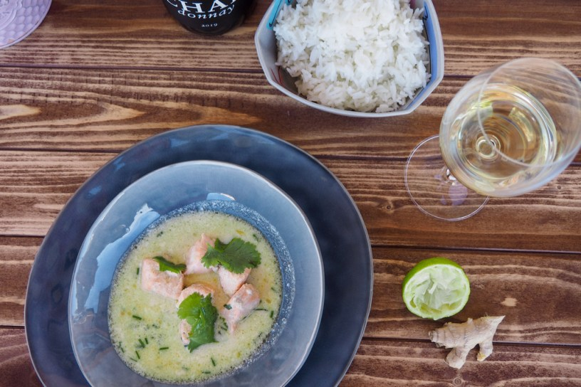 Asian flavours | Green coconut salmon curry