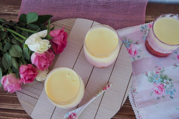 Easy Strawberry-Gin-Welf Pudding for summer