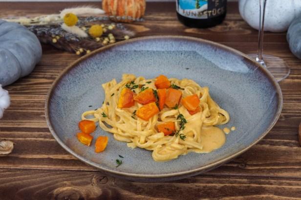 Linguine with pumpkin mascarpone sauce   Grüner Veltliner
