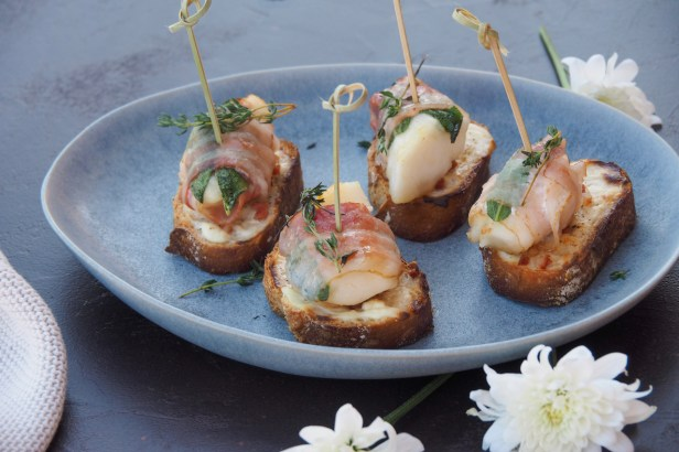 Pear and Sage Crostini, the most perfect early autumn appetizer