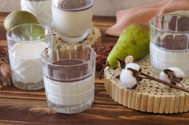Fall flavours: Pear Panna Cotta with Chocolate-Espresso Sauce