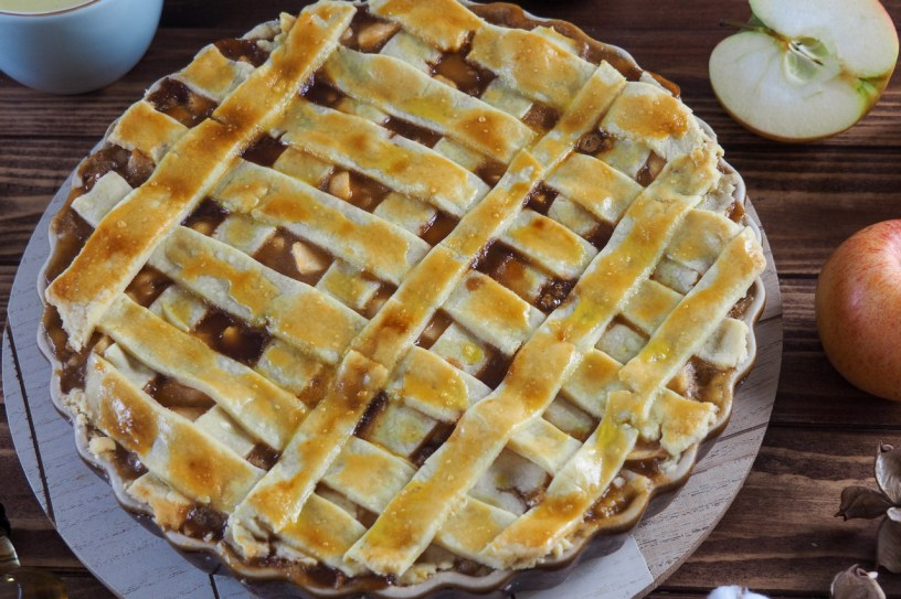 How to make the most delicious Whisky Spiked Caramelized Apple Pie
